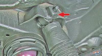 Анализ стоковой подвески Хёндаи Солярис. Проверка технического состояния деталей передней подвески на автомобиле