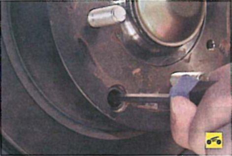 Регулировка ручника лансер 9